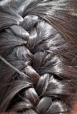 Braids are fashionable again - Braid your hair